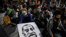 """""""Debe ser un día de lucha"""": activistas alistan mural gigante de 'Black Lives Matter' para el 4 de Julio"""