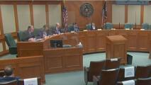 Gregg Abbott pidió cortar los fondos a la legislatura estatal: así afectaría al condado de Bexar la medida del gobernador