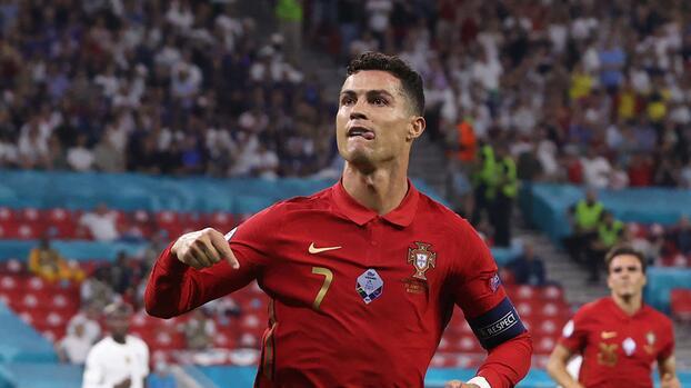 Cristiano Ronaldo agradece felicitación de Ali Daei tras igualar su récord