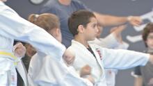 El karate es una práctica milenaria que beneficia a niños con autismo