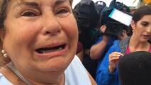 Desesperados: familiares buscan a sus seres queridos tras el derrumbe de un edificio cerda de Miami Beach