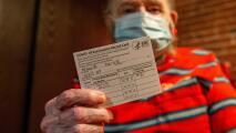 La importancia de mantener en buen estado la tarjeta de vacunación contra el coronavirus