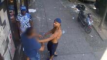Buscan a tres sospechosos de atacar a policía fuera de servicio en El Bronx