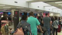 """""""Un desastre"""": cierre del Aeropuerto Internacional de Fort Lauderdale por supuesto paquete sospechoso genera caos"""