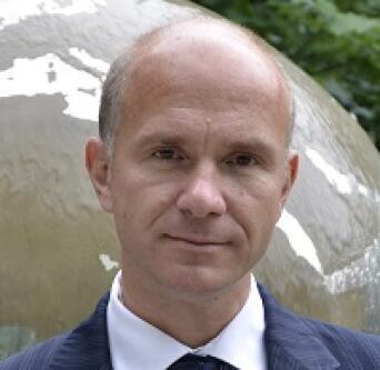 R. Evan Ellis