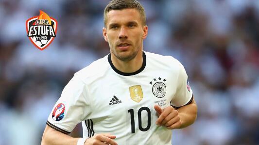 Podolski y Querétaro tendrán reunión clave para el fichaje