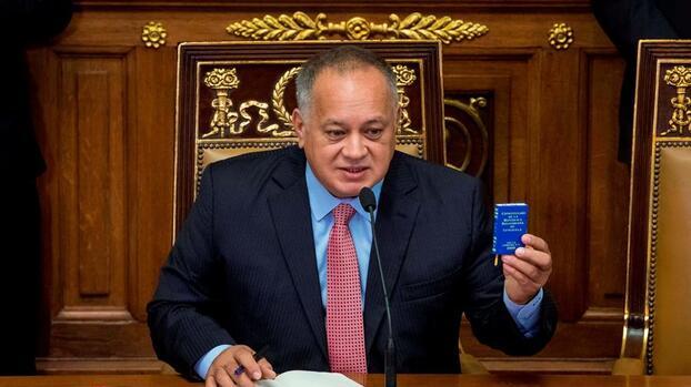 Diosdado Cabello anuncia que dio positivo al covid-19