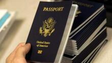 Gobierno de Biden permitirá que estadounidenses con pasaporte vencido puedan regresar al país