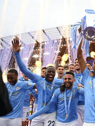 Manchester City reafirma ser el campeón y golea 5-0 al Everton de Ancelotti para cerrar con broche de oro esta Premier League. Sergio 'Kun' Aguero se despidió con doblete y sumando un total de 184 goles en su paso con los 'Cityzens', convirtiéndose en el máximo goleador con un mismo club.