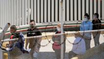 En un minuto: Las fronteras con México y Canadá seguirán cerradas para viajes no esenciales