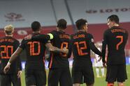Los neerlandeses le dieron vuelta al partido sobre la recta final; ambos concluyen su participación en la justa europea. | Jozwiak (5') abrió el marcador para Polonia. Depay (77') igualó y Wijnaldum (84') dio vuelta al marcador. Neerlandeses y polacos se despiden de la justa tras conseguir 11 y 7 unidades, respectivamente.