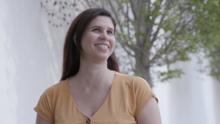 """""""Me gustaría que los ciegos me vean como un ejemplo"""": costurera hispana es nombrada empleada del año"""