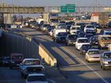 Regresa el tráfico a Austin: la ciudad comienza a reportar más vehículos en sus carreteras