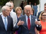 """""""Tenemos un acuerdo"""": Biden anuncia su apoyo al plan de infraestructura bipartidista del Senado"""