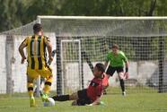 Suspenden jornada en el fútbol de Uruguay por muerte de aficionado
