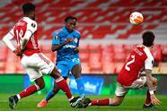 Arsenal, pese a derrota como local y ante le Olympiakos, con gol de Youssef El-Arabi, los 'Gunners' se imponen con un marcador global de 3-2 y califican a la siguiente ronda de la UEFA Europa League.